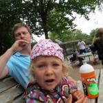 spisning ved bænkene